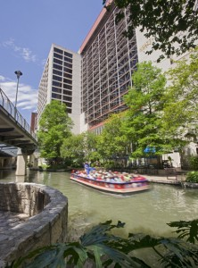 Riverwalk_Exterior_32860